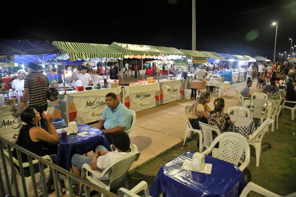 b4697ec3260 ... Mais de 40 artesãos da cidade farão a exposição e venda de vários  produtos