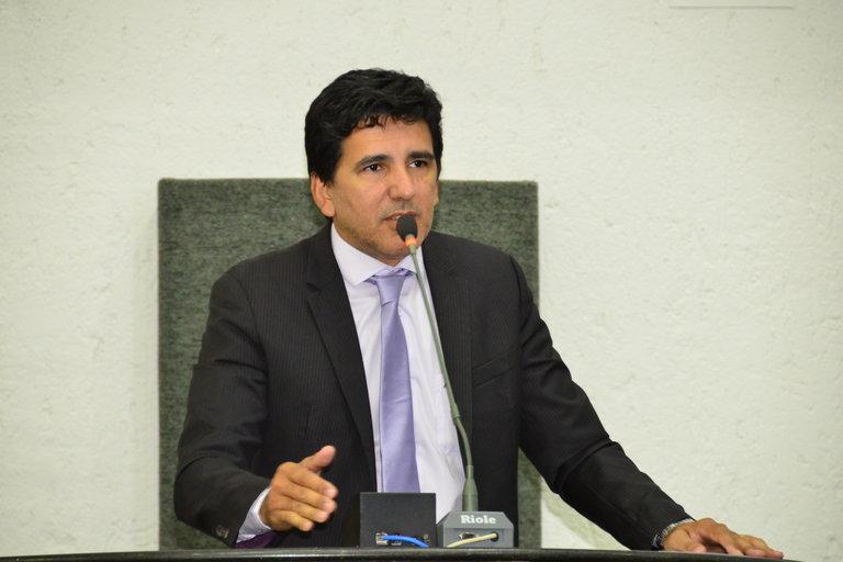 Prof. Júnior Geo destaca principais ações de seu primeiro ano como deputado  estadual - Conexão Tocantins - Portal de Notícias
